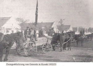 Примусовий збір зерна в с. Кандель. 193233 рр.