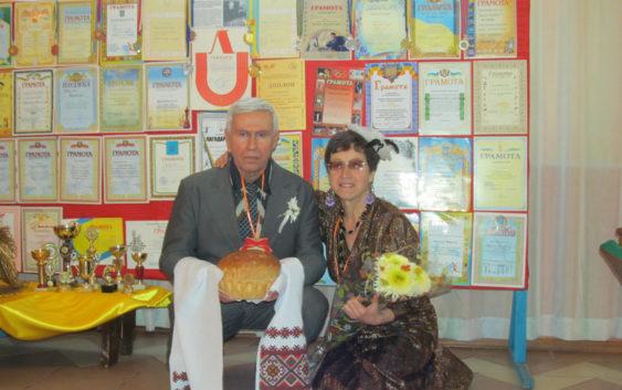 Шахматной семье Крулик - 45 лет, г. Раздельная