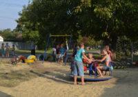 Новая детская площадка в Раздельной