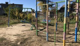 У с. Одрадове відкрили дитячий ігровий майданчик
