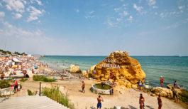 Закон про заборону обмежувати прохід до пляжів сьогодні вводиться у дію