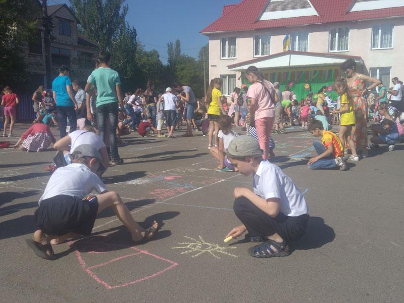 День захисту дітей у Роздільній, фото