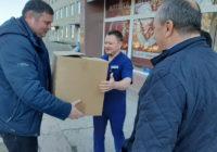 Чергова роздача масок для медиків та мешканців міста