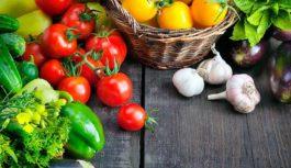 Жовтневі ціни: овочі відносно дешеві, часник, цукор і олія дорожчають