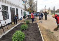 Колектив управління ЖКГ міської ради долучився до весняної толоки