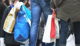 Рада обмежила обіг пластикових пакетів в Україні