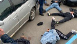 СБУ ліквідувала злочинне угруповання, яке тероризувало велике промислове місто на Одещині